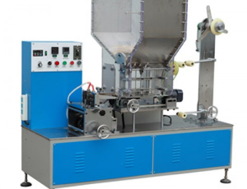 Single drinking straw packing machine